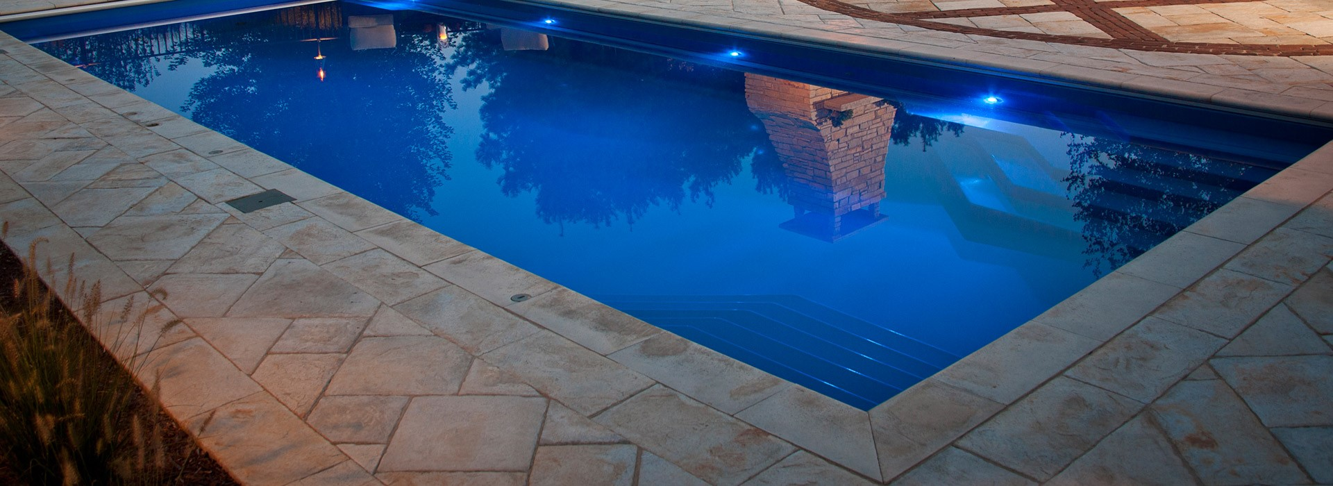 Best fiberglass swimming pools for Best home swimming pools